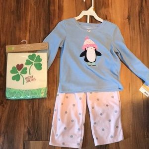 Other - lot 3t pajamas NWT